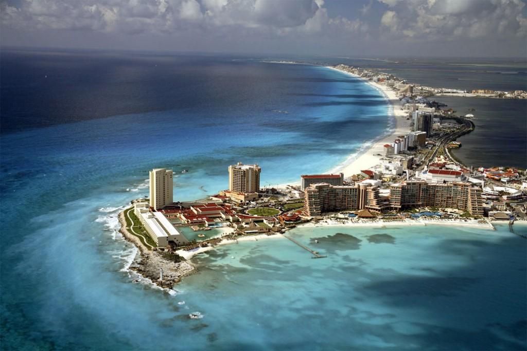 Cancun_Mexico_Beach