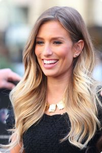 Renee-Bargh-brown-to-blonde-ombre-hair-style