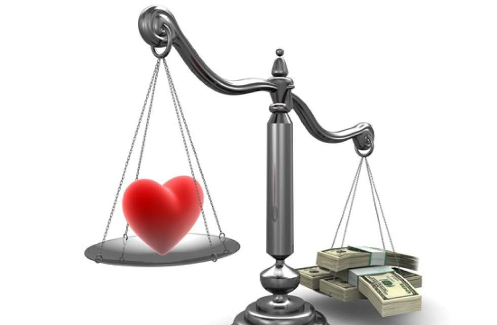 for love or money do women really marry for money status  love vs money