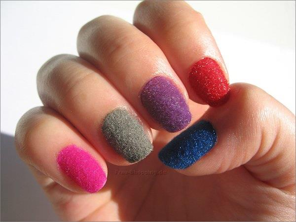 Latest-Nail-Care-and-Nail-Designs-For-Women-Girls-9009