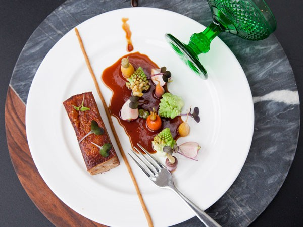 the-stack-pork-belly-confit-1-600x450