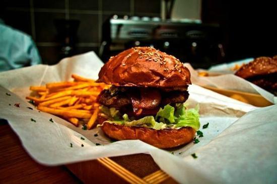 jerry-s-burger-bar