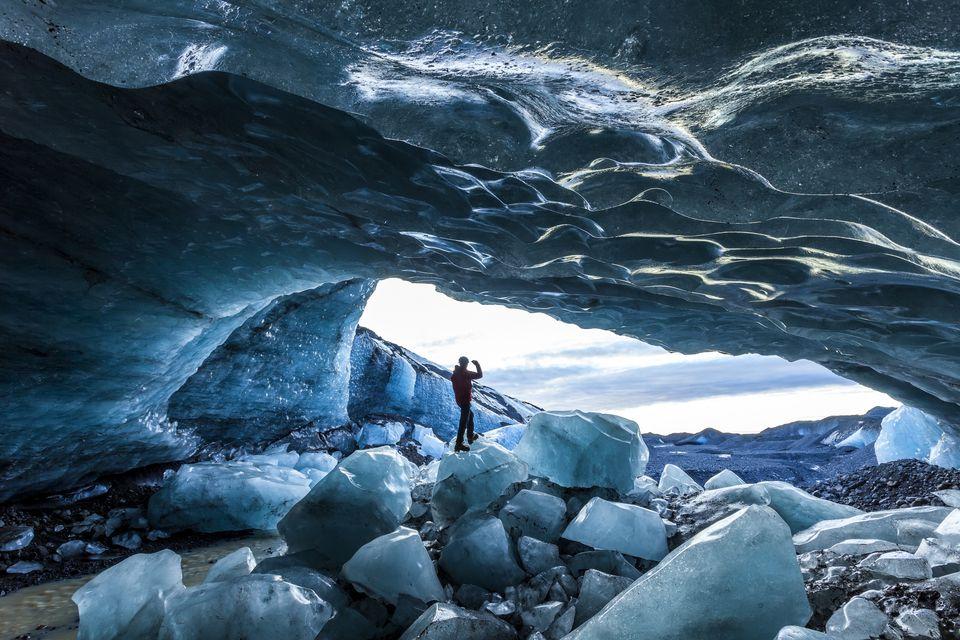 glacial-ice-cave-svinafellsjokull-glacier-skaftafell-national-park-iceland-652974202-590739c13df78c5456828bb1